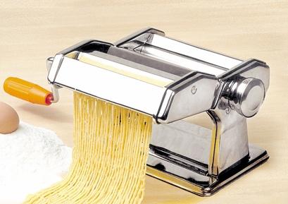 Strojček na domáce rezance