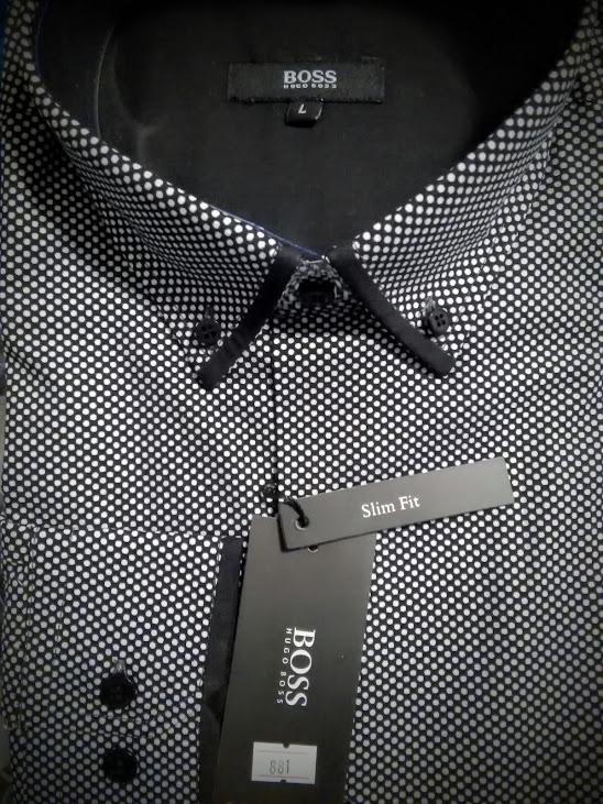 aa191d99f Luxusná pánska košeľa s golierom ukotveným na gombíky, zapínanie na  gombíky, dlhé rukávy s manžetou na gombíky, vyšívané náprsné logo značky,  veľmi mäkký a ...