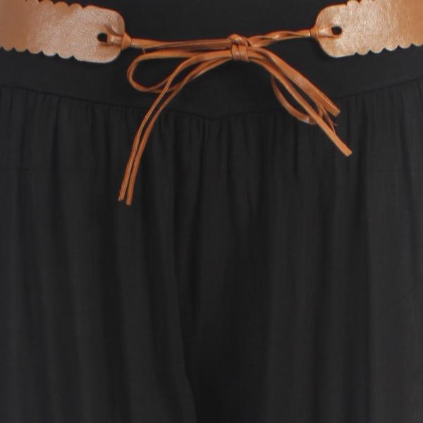 0d01e4ba20c5 Vedľa legín zasiahli svet módnou vlnou háremové nohavice