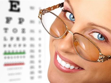 beaf72a5b Dôležité. Kupón platí na nadštandardné kompletné očné vyšetrenie v Poliklinike  Vajnorská ...